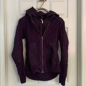 Lululemon size 8 purple fleece jacket